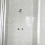 ensuite shower_LR